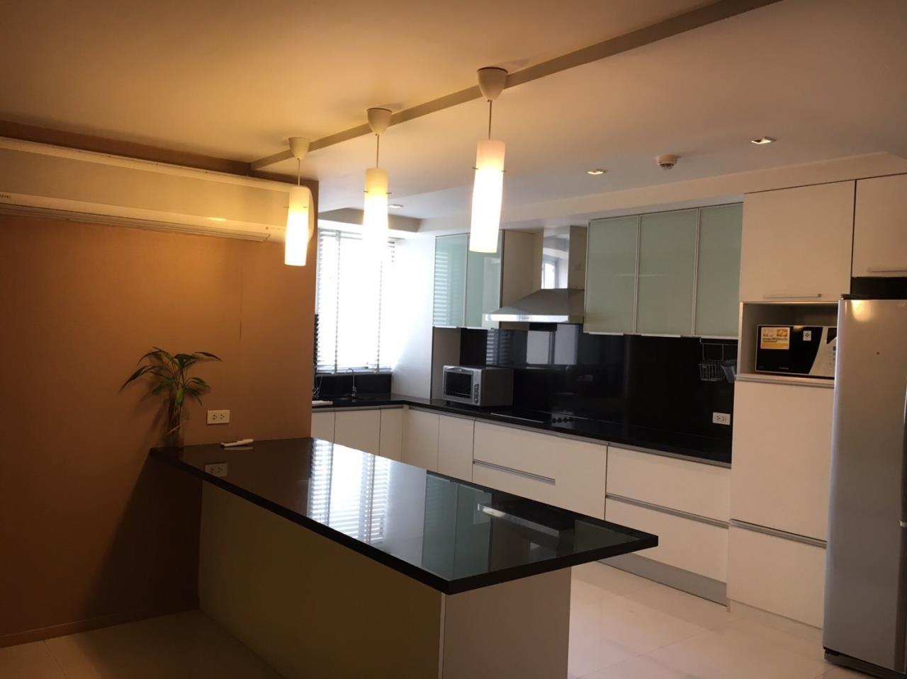 Piri Property Agency's Duplex Penthouse with 4 Bedrooms in Ekkamai - 27th Floor 6