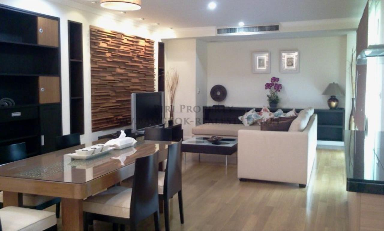 Piri Property Agency's Exclusive Living in Phrom Phong - Cadogan Private Residence - 3BR 1