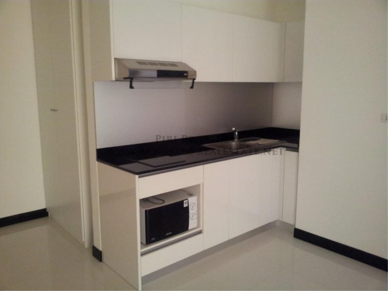 Piri Property Agency's Voque 16 - Modern Condo near Asoke for Rent 6