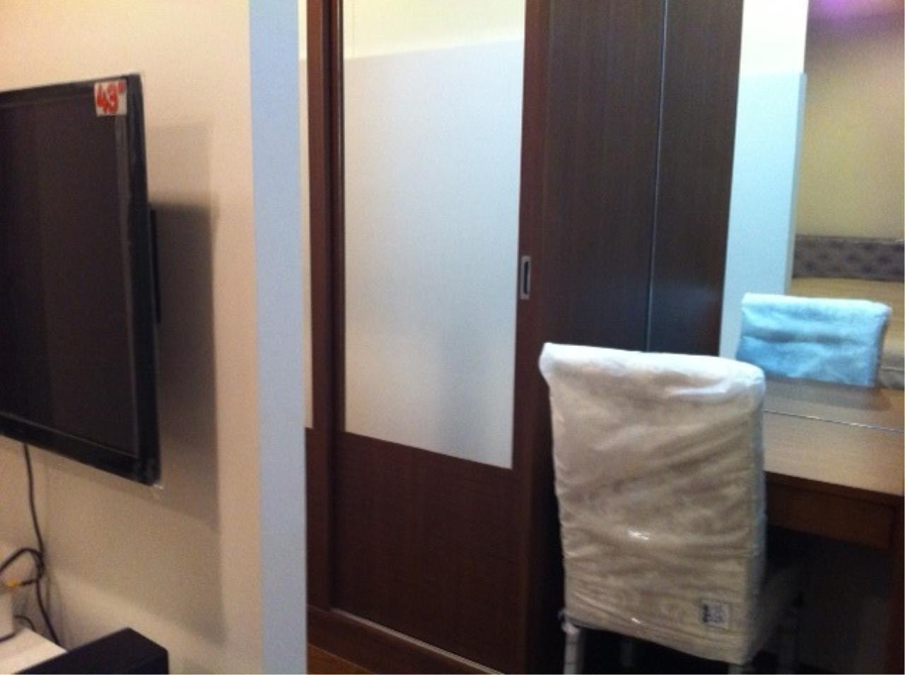 Piri Property Agency's Fully Furnished Studio Unit in The Address Chidlom 3