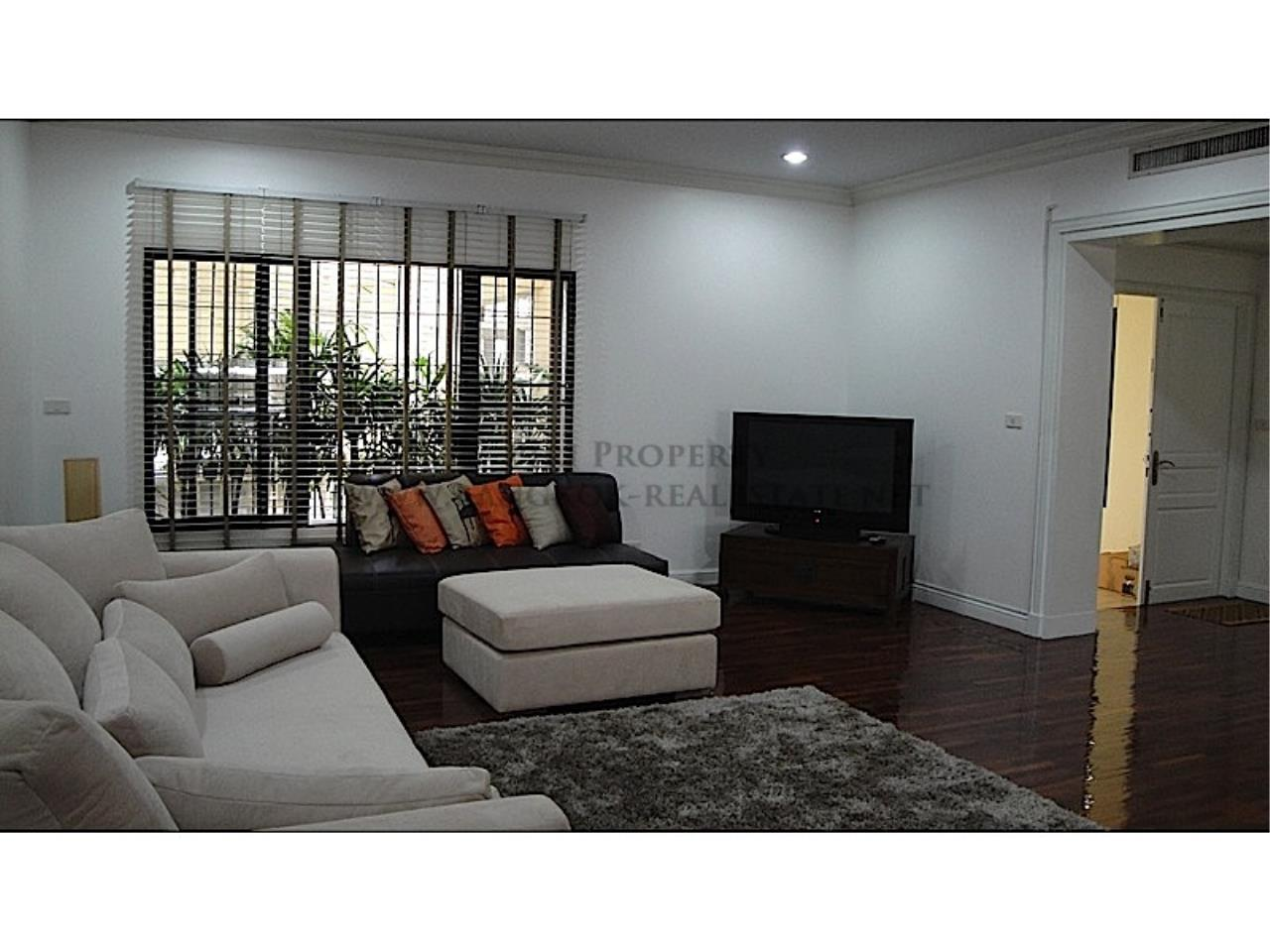 Piri Property Agency's Huge and very exclusively furnished 3 Bedroom Condo 12