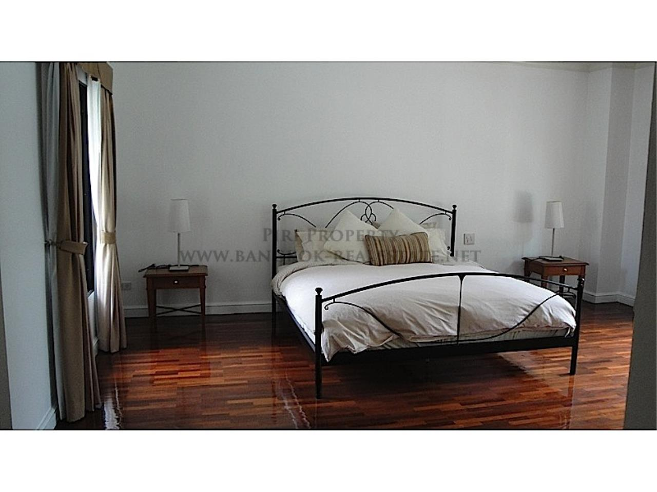 Piri Property Agency's Huge and very exclusively furnished 3 Bedroom Condo 9