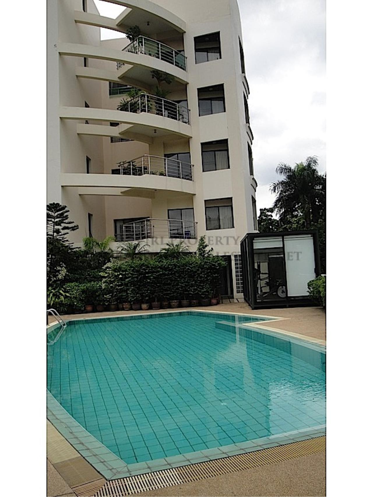 Piri Property Agency's Huge and very exclusively furnished 3 Bedroom Condo 14