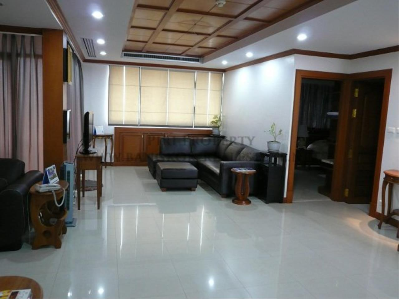 Piri Property Agency's Duplex Condominium in Asoke for Sale - 3 Bedroom 2