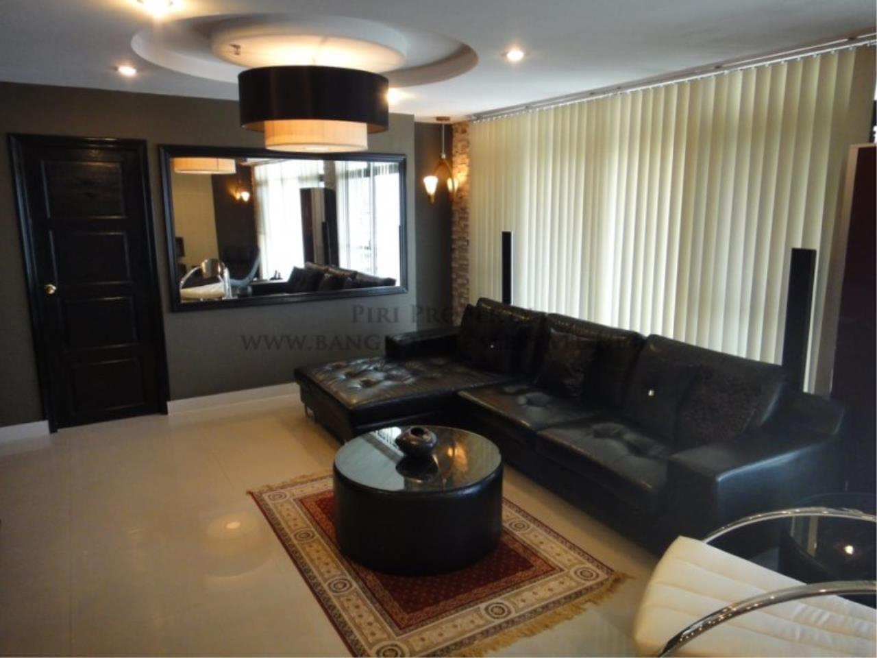 Piri Property Agency's Baan Phrom Phong - 2 Bedroom Condo for Sale - RENOVATED! 1