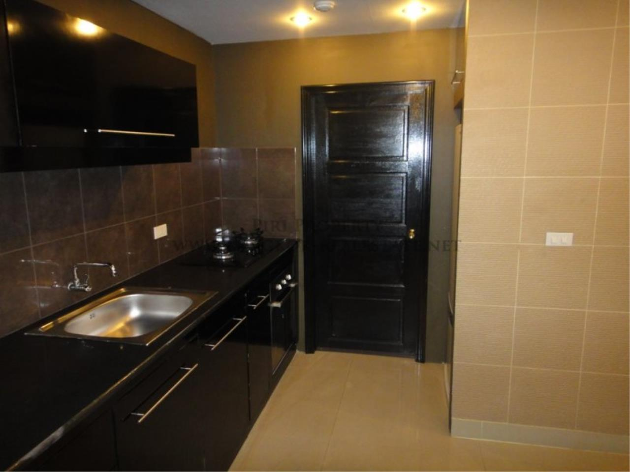 Piri Property Agency's Baan Phrom Phong - 2 Bedroom Condo for Sale - RENOVATED! 6