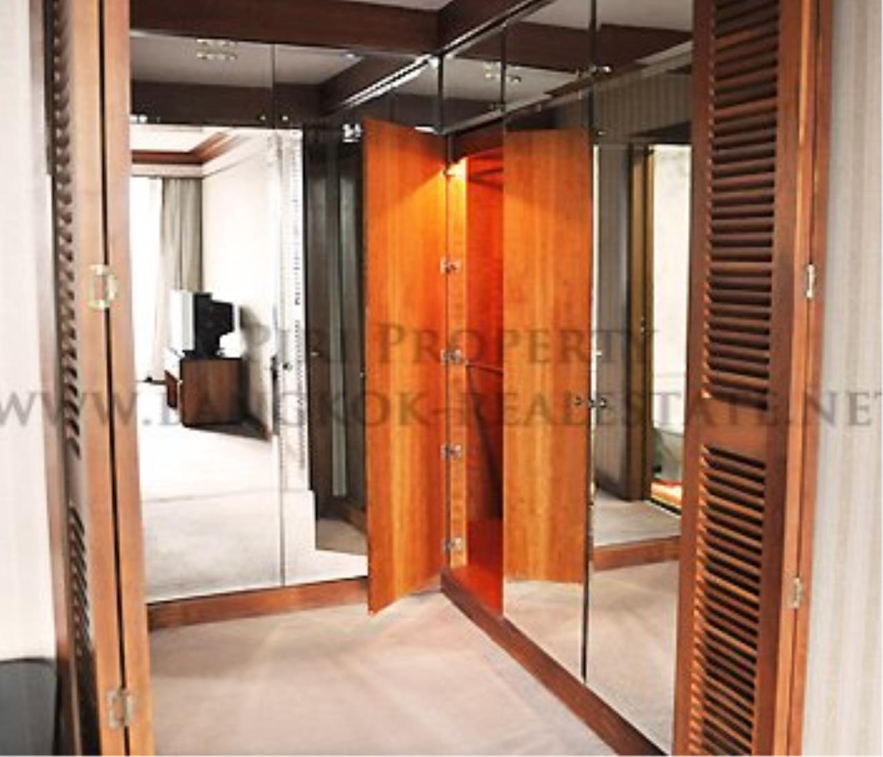 Piri Property Agency's Royal Place - Spacious 2 Bedroom - 137 SQM in Rachadamri - 55K 6