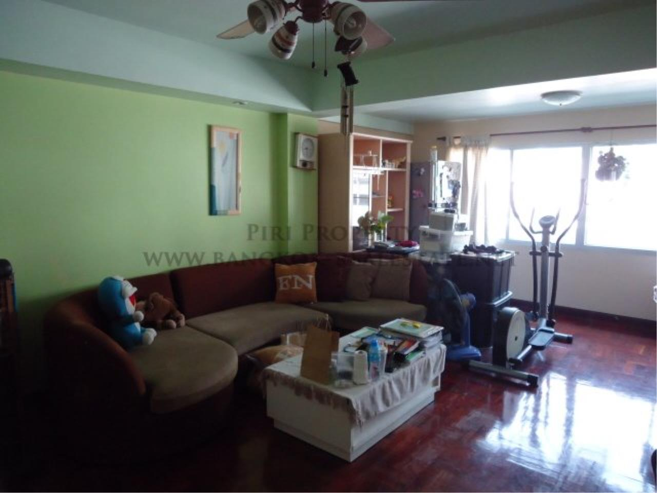 Piri Property Agency's Baan Sukhuthai - Spacious 1 Bed Condo for Rent - 65 SQM 1