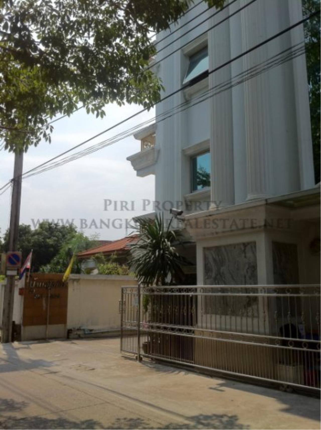 Piri Property Agency's Baan Sukhuthai - Spacious 1 Bed Condo for Rent - 65 SQM 4