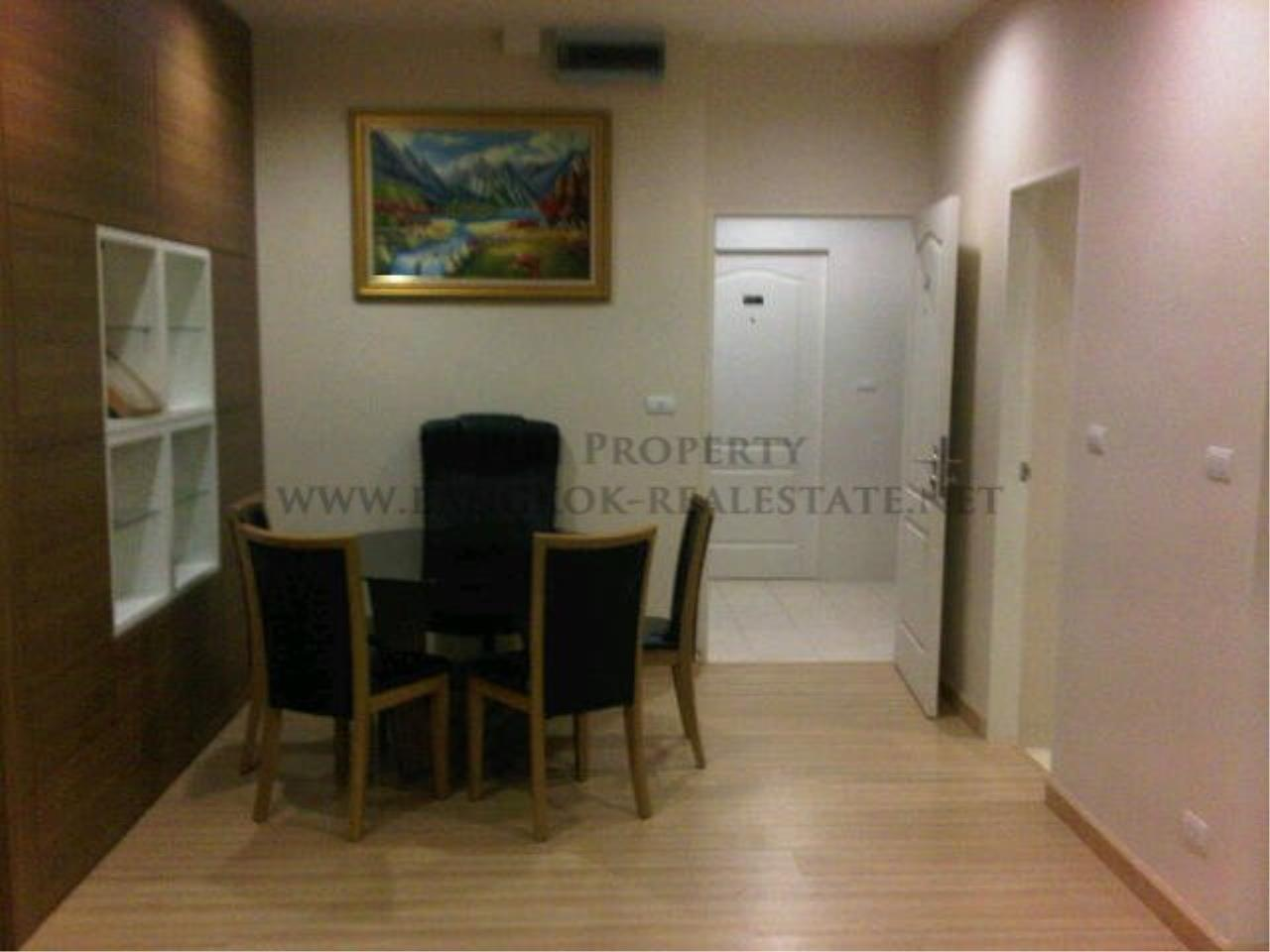 Piri Property Agency's 2 Bedroom Condo in the Lighthouse Condominium for sale - 27th Floor 3