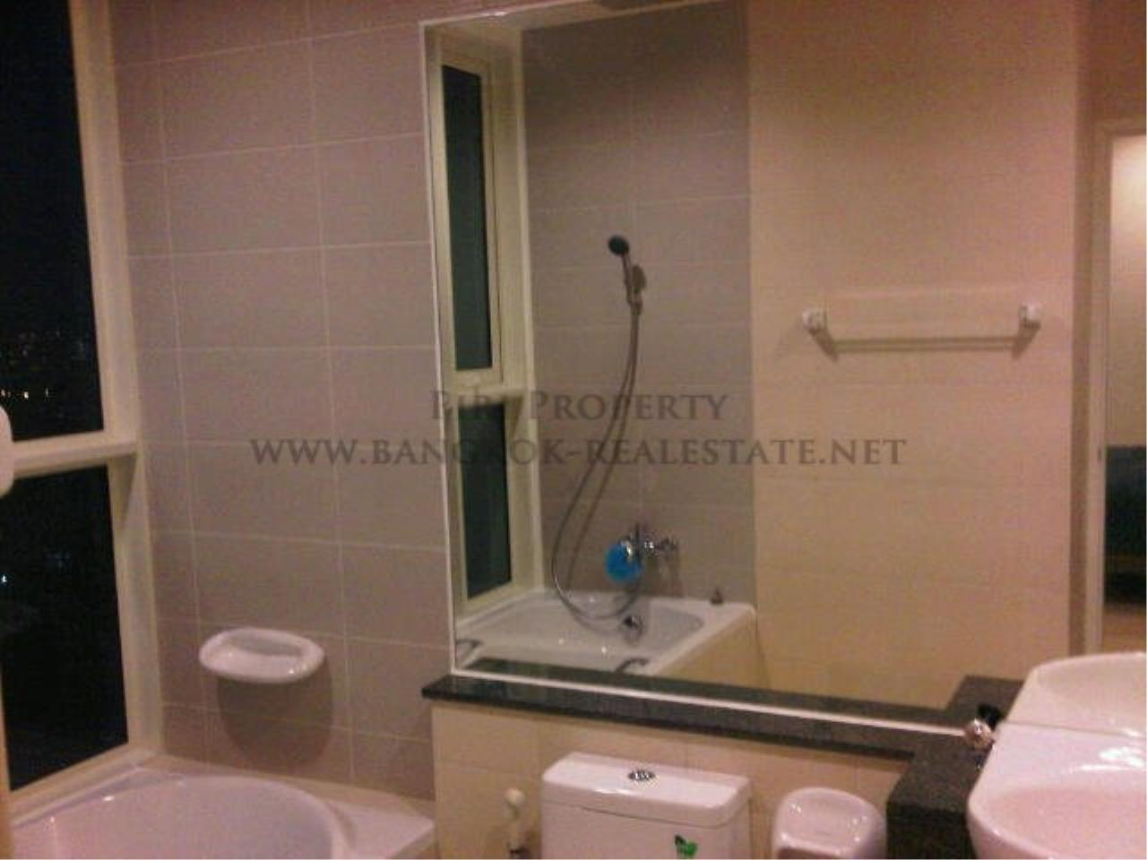 Piri Property Agency's 2 Bedroom Condo in the Lighthouse Condominium for sale - 27th Floor 4