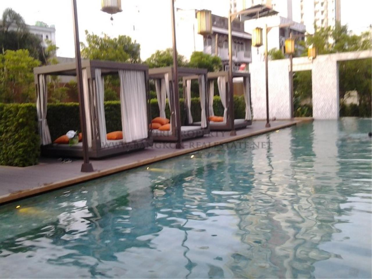 Piri Property Agency's Exclusive 2 Bedroom Condo in The Address Sathorn on 29th Floor 5