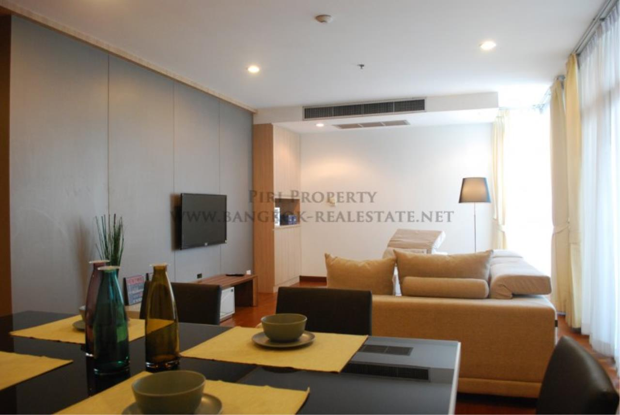 Piri Property Agency's Renovated Condo on Langsuan Road with 3 Bedrooms 4