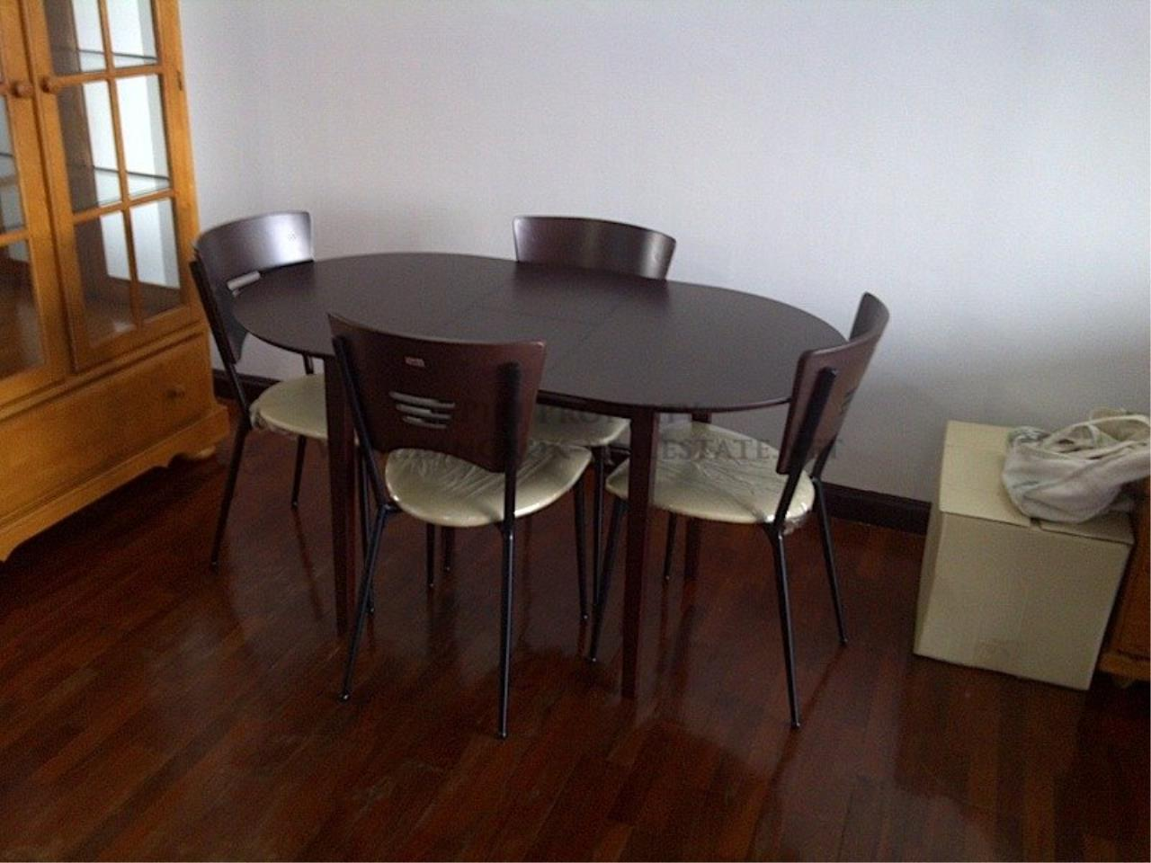 Piri Property Agency's One Bedroom Unit - Monterey Place - Recently Renovated 8