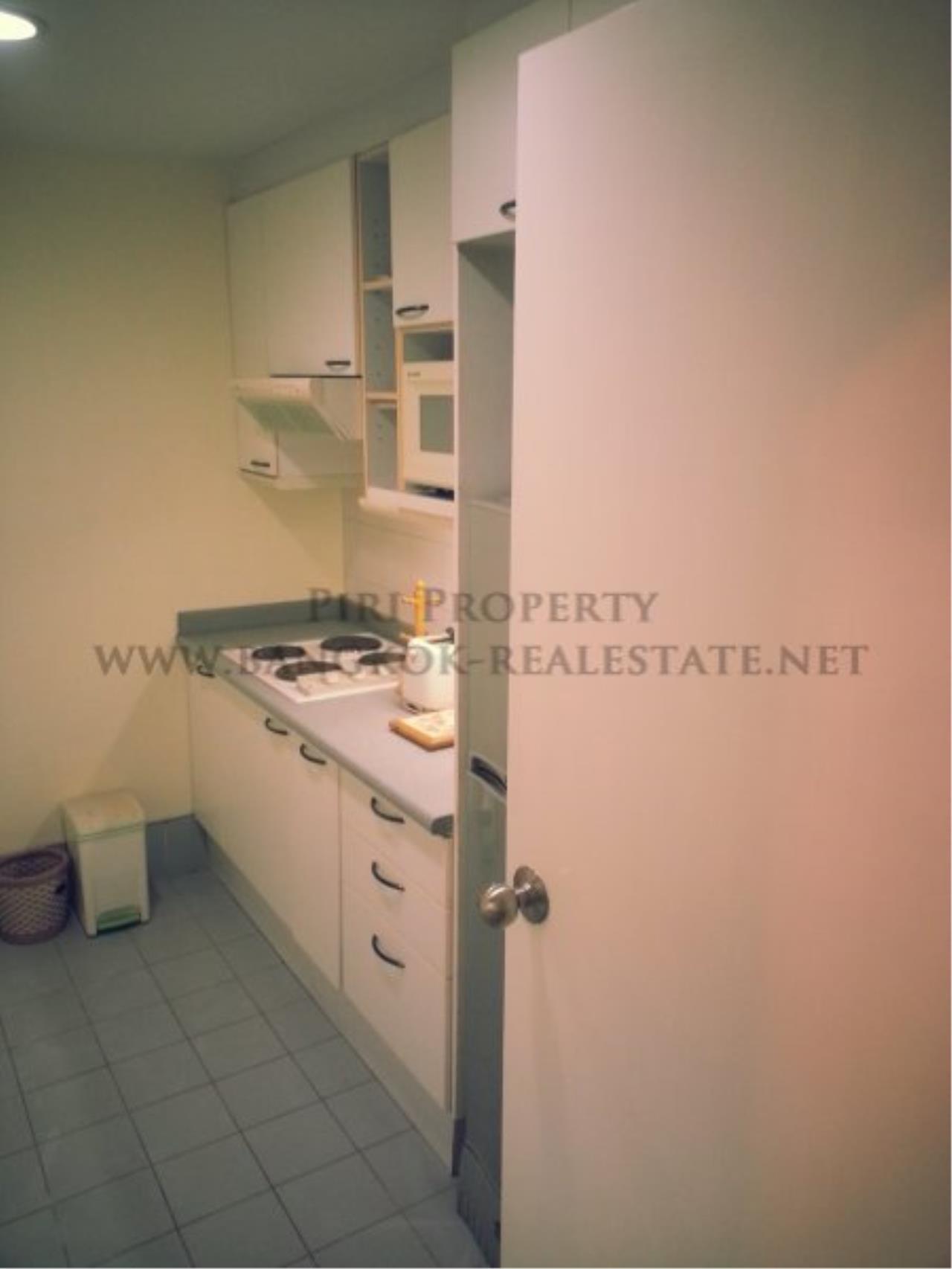 Piri Property Agency's Bangkok Garden - Spacious 2 Bedroom for 28K - Low Floor 6