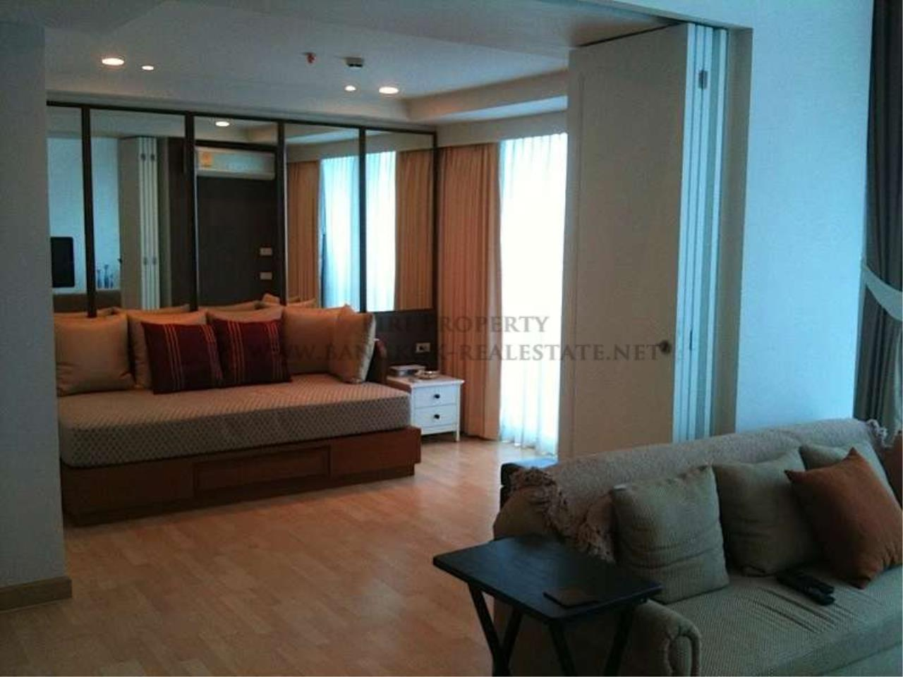 Piri Property Agency's 2 Bedroom Duplex Condo for Rent on Rajdamri Road - The Rajdamri Condo 2