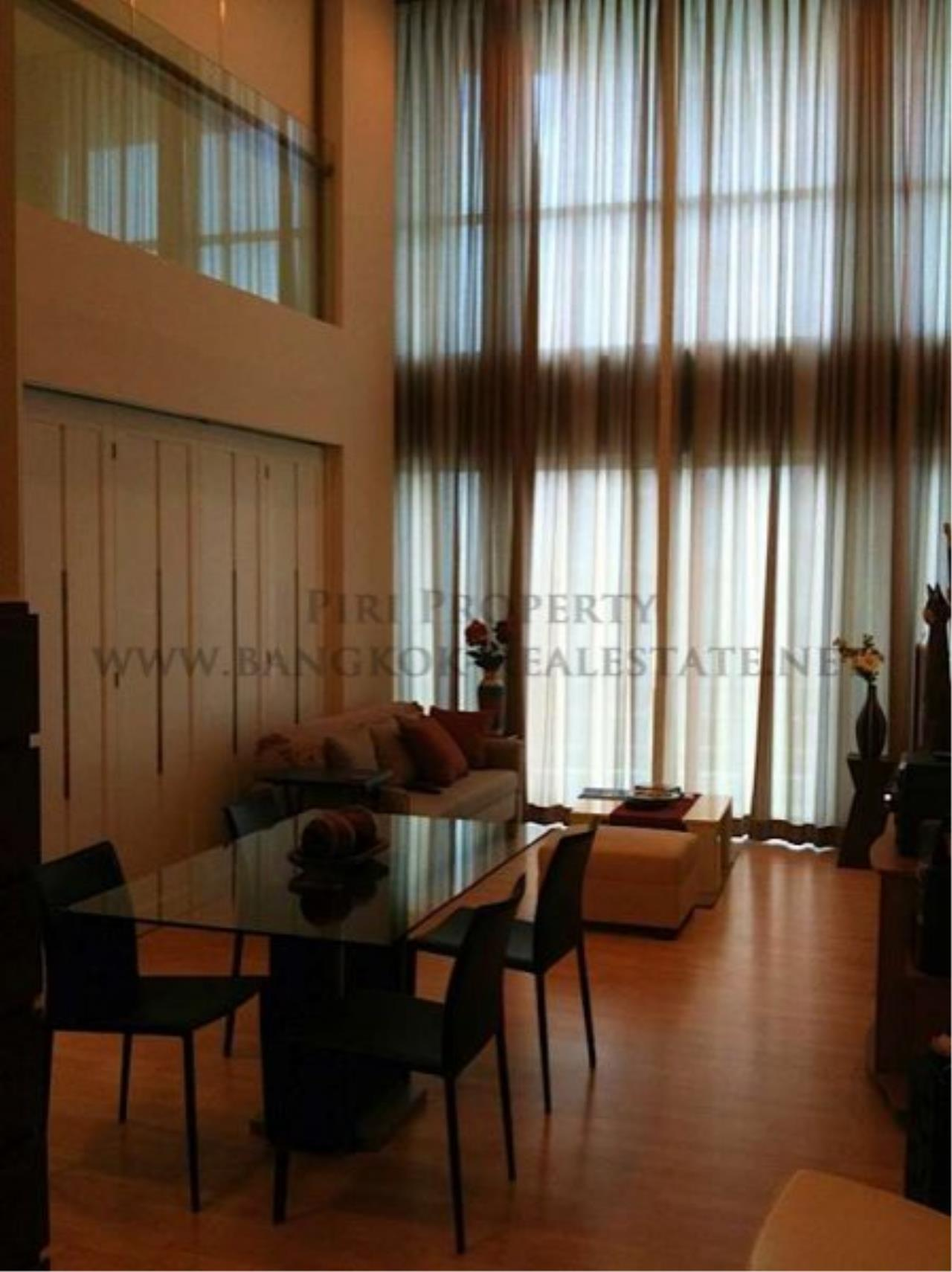 Piri Property Agency's 2 Bedroom Duplex Condo for Rent on Rajdamri Road - The Rajdamri Condo 3