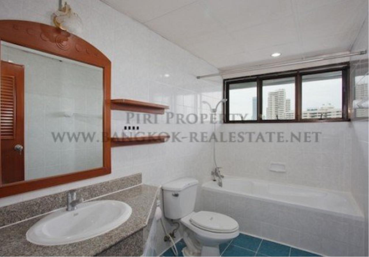 Piri Property Agency's Spacious Apartment in Phrom Phong - 2 Bedrooms with 160 SQM 4