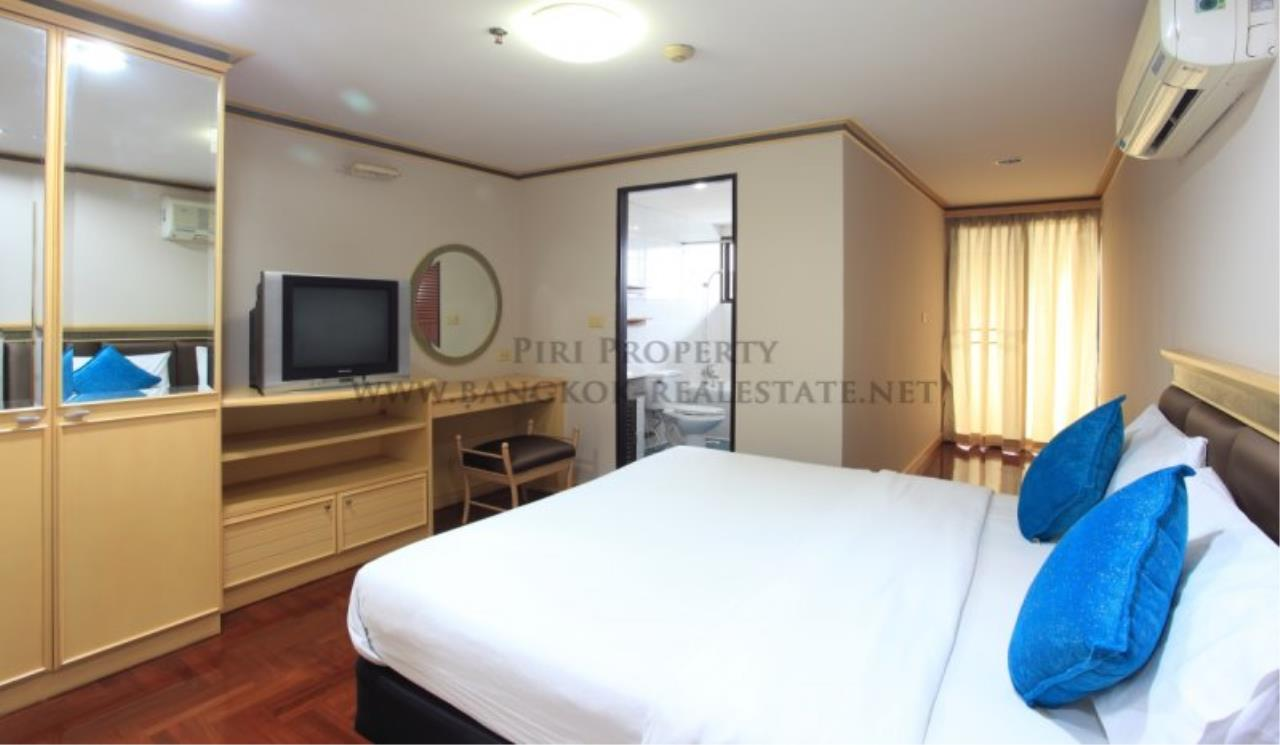 Piri Property Agency's Spacious Apartment in Phrom Phong - 2 Bedrooms with 160 SQM 2