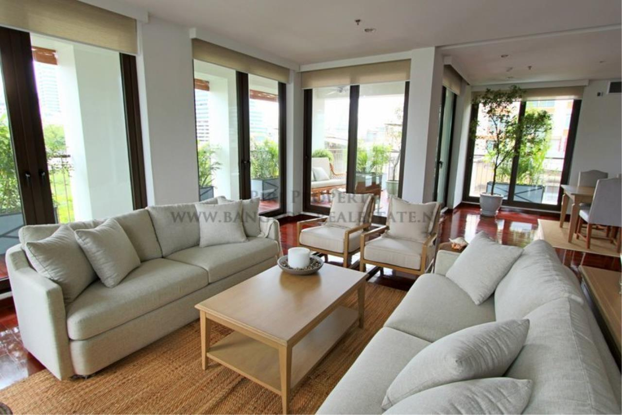 Piri Property Agency's Super Huge and Spacious Apartment in Sathorn - 450 SQM of Luxury 1