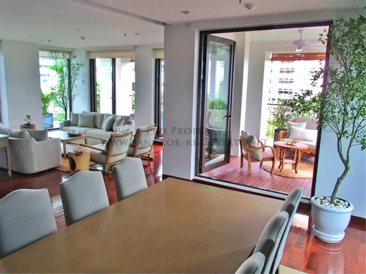 Piri Property Agency's Super Huge and Spacious Apartment in Sathorn - 450 SQM of Luxury 5
