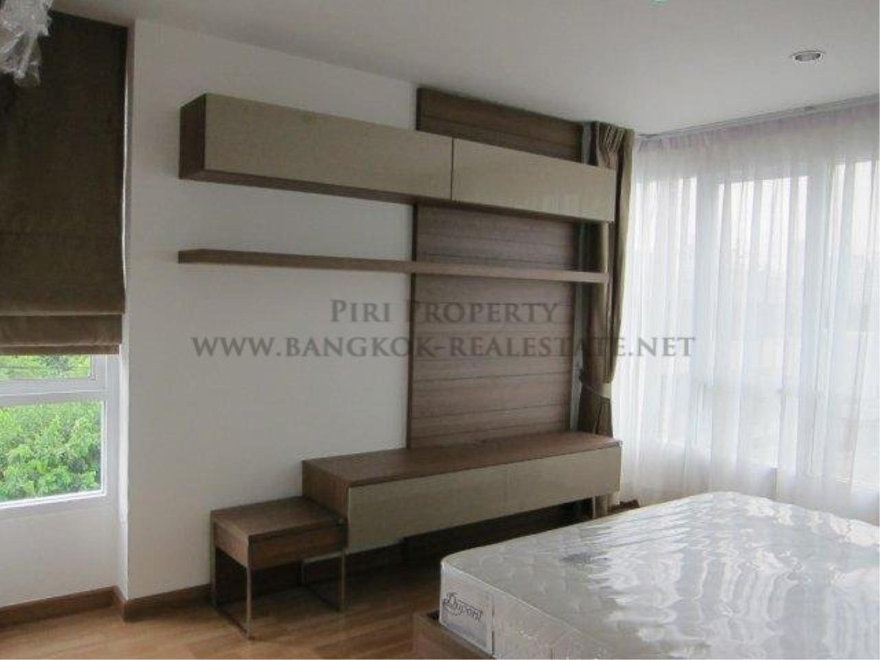 Piri Property Agency's 2 Bedroom Condo in Asoke - Voque 16 for Rent - Free Shuttle to BTS 5