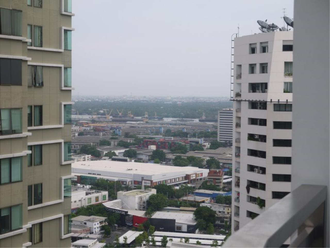 Piri Property Agency's Duplex 3 Bedrooms in the Bright Condo for sale on high floor 17