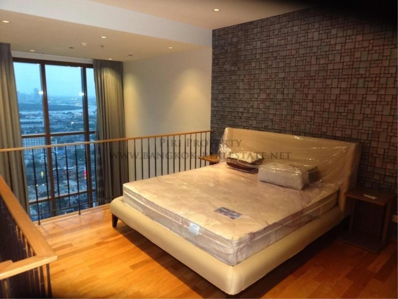 Piri Property Agency's Duplex Condo in the Emporio Place Condominium - Phrom Phong 6