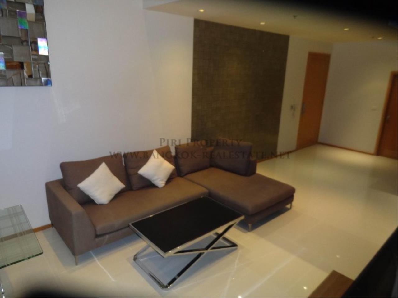 Piri Property Agency's Duplex Condo in the Emporio Place Condominium - Phrom Phong 1