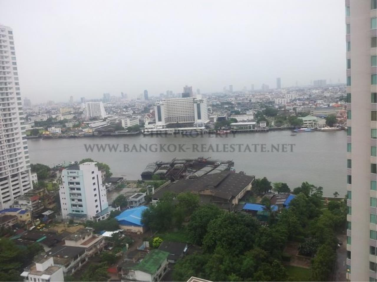 Piri Property Agency's Excellent 3 Bedroom Condo with river views - Watermark Chaophraya for Sale 10