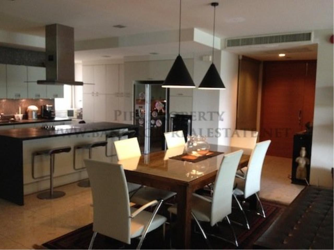 Piri Property Agency's Ficus Lane Condo - Nice 3 Bedroom Condo with 200 SQM in the Green 6