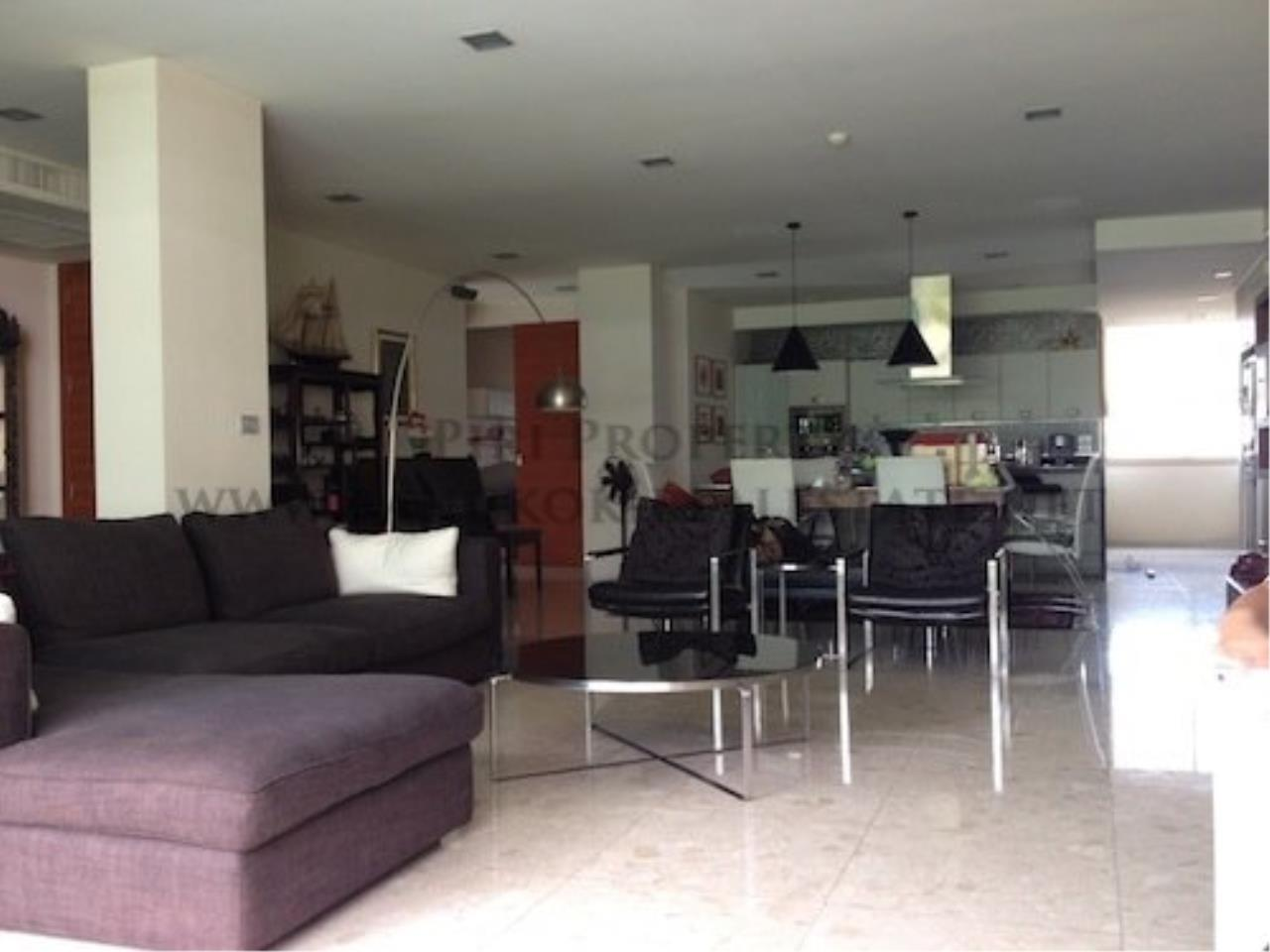 Piri Property Agency's Ficus Lane Condo - Nice 3 Bedroom Condo with 200 SQM in the Green 4