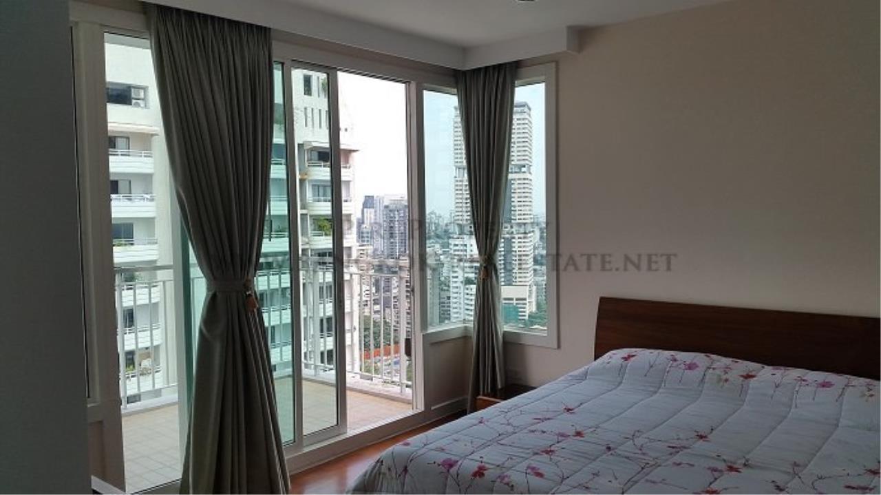 Piri Property Agency's Spacious Family Condominium in Sukhumvit 24 - Baan Siri 24 - 3 Bed 11