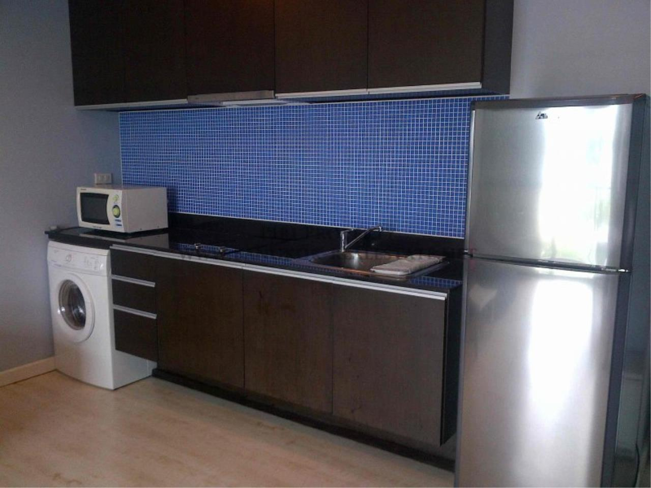 Piri Property Agency's Noble Reflex Condo for Rent - Modern And Spacious 68 SQM 1 Bedroom 3