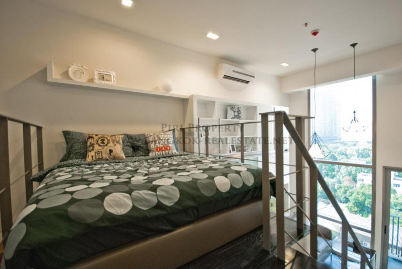Piri Property Agency's IDEO Morph 38 for Sale - Amazing Bachelor Duplex Condo in Thonglor 4