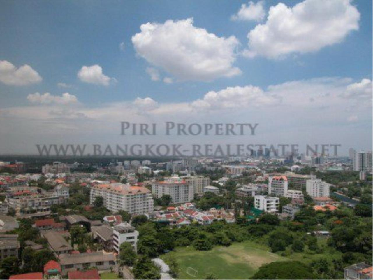 Piri Property Agency's Spacious Duplex Penthouse Condo in Sathorn with more than 400 SQM 8
