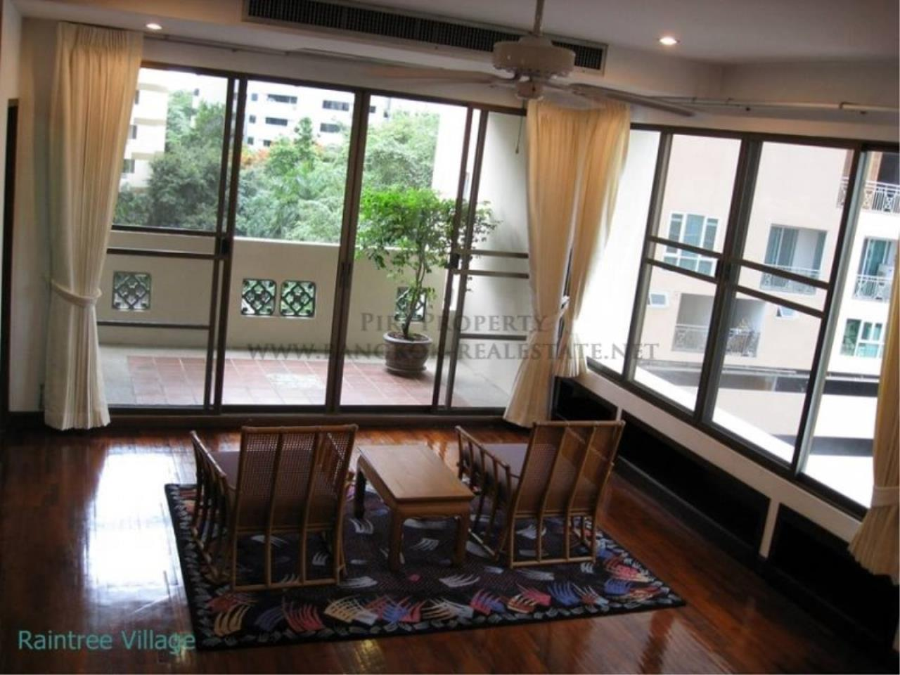 Piri Property Agency's Spacious Family Apartment in Phrom Phong for Rent - 3 Bed 9