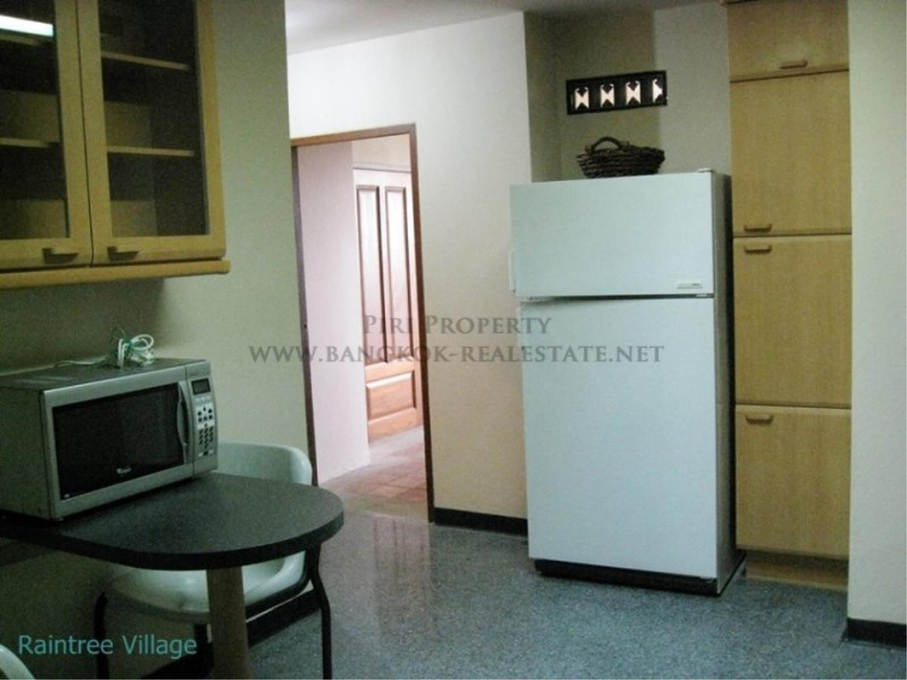 Piri Property Agency's Spacious Family Apartment in Phrom Phong for Rent - 3 Bed 15