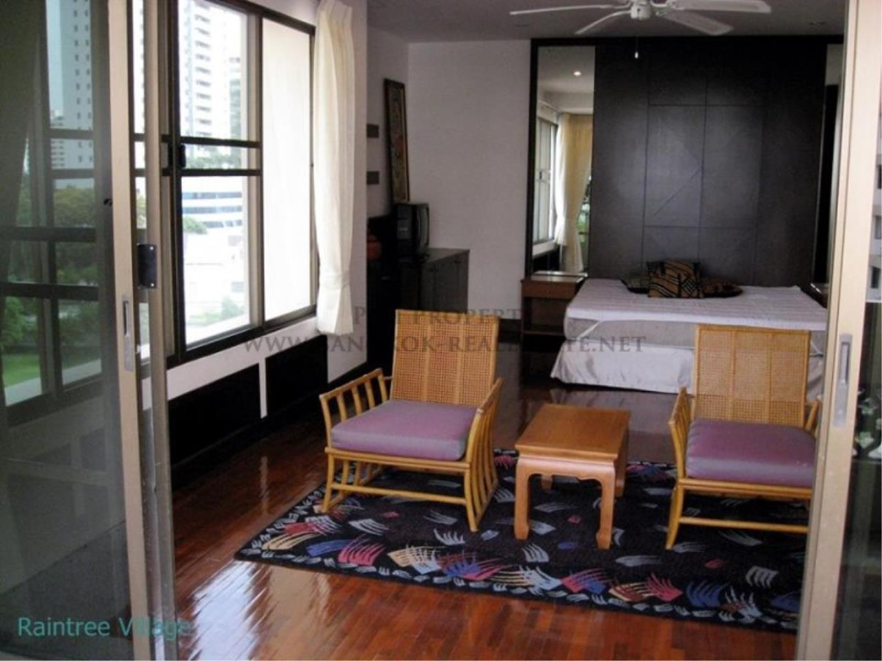 Piri Property Agency's Spacious Family Apartment in Phrom Phong for Rent - 3 Bed 7