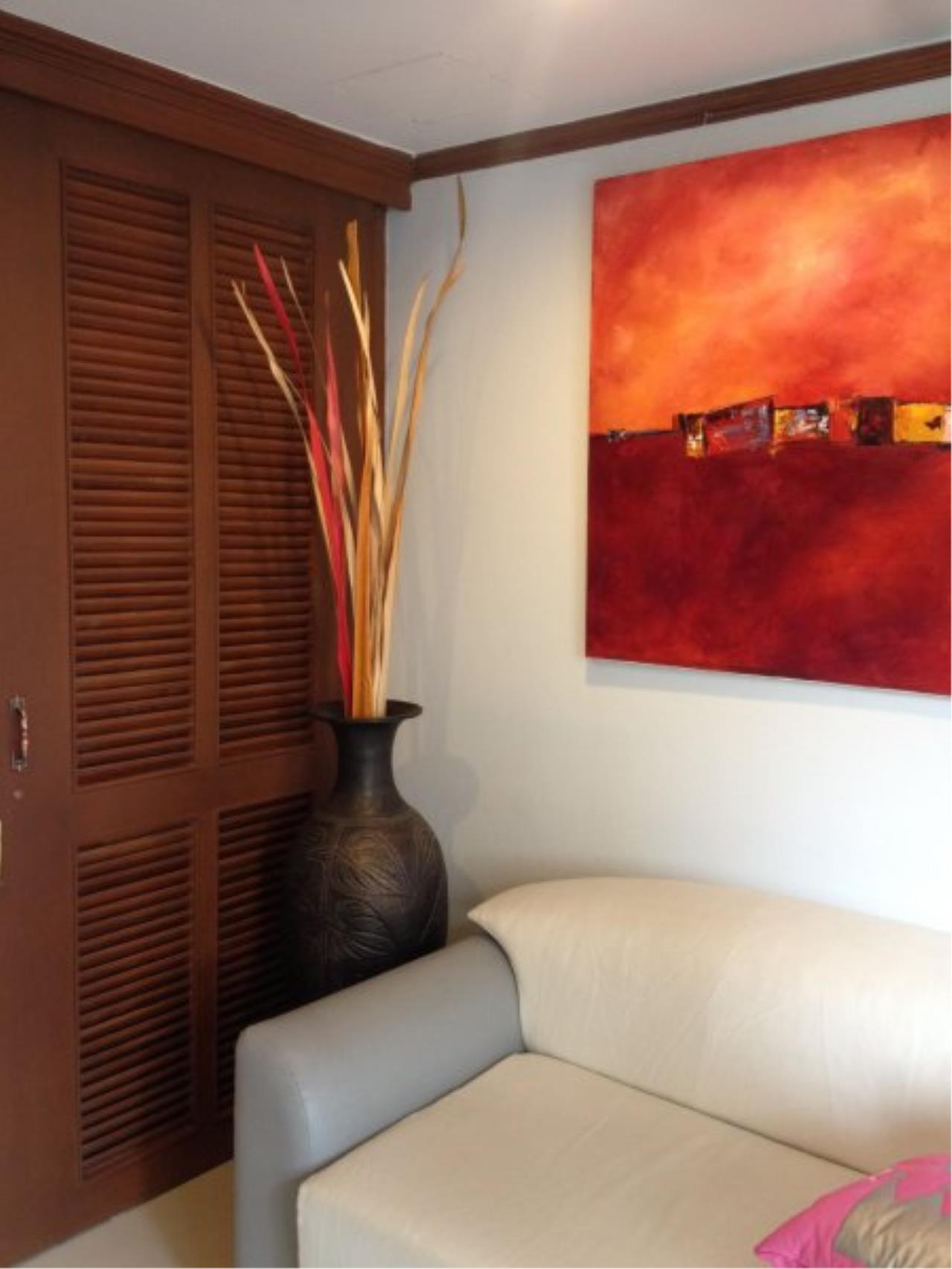 Piri Property Agency's 1 Bedroom Condo for Rent on Low Floor 8