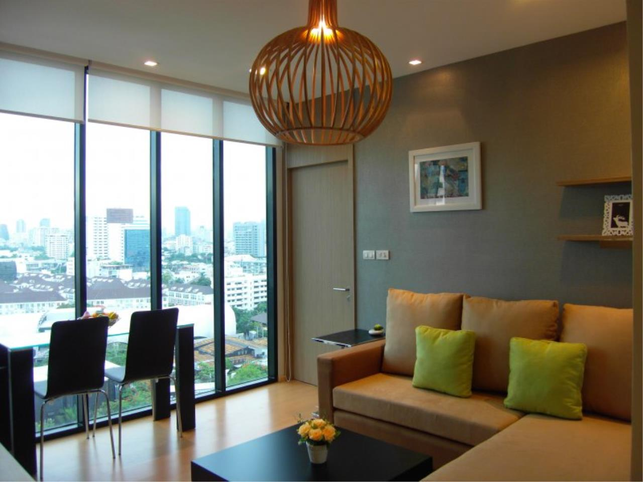 Piri Property Agency's Cozy 1 Bedroom in the Alcove Thonglor 10 building for rent on high floor 1
