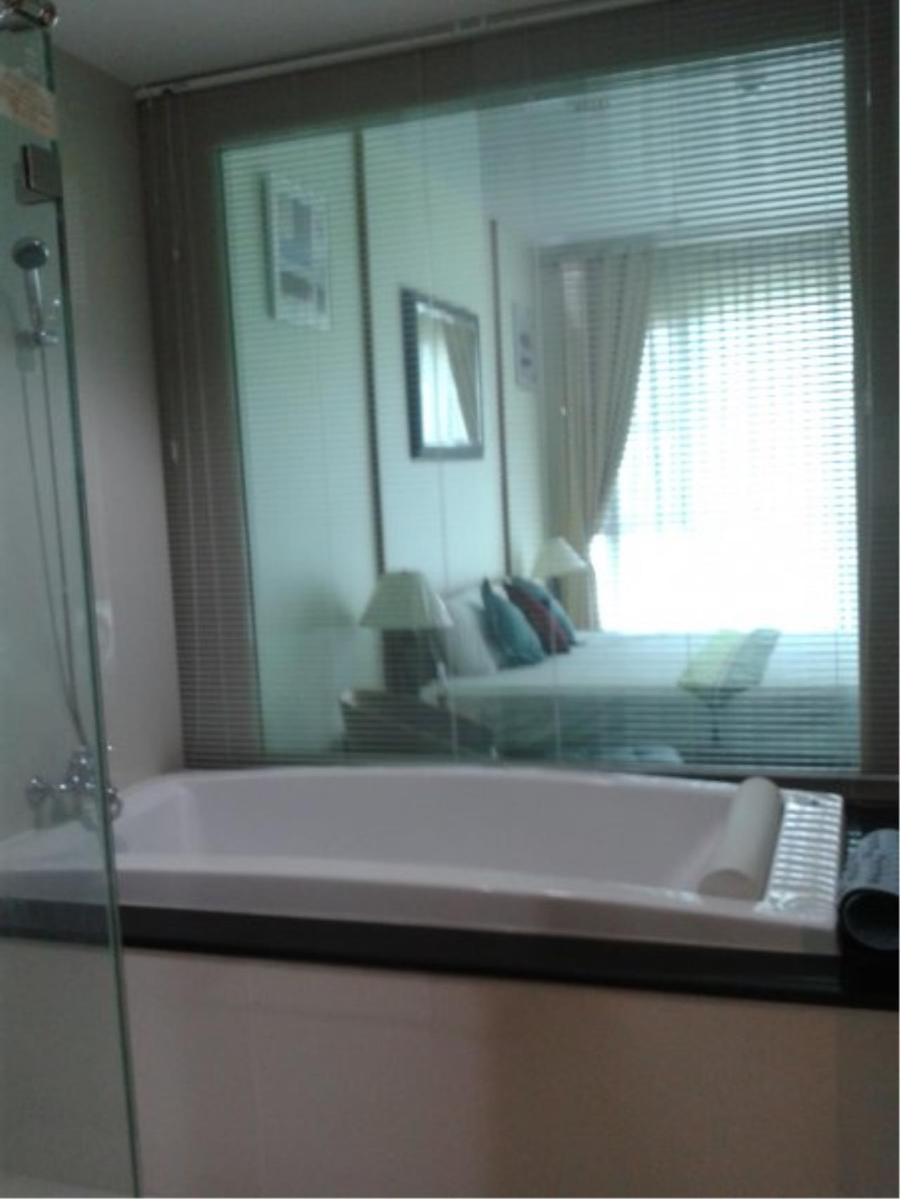 Piri Property Agency's Comfort 2 Bedrooms in The Address Chidlom Condo for rent 6