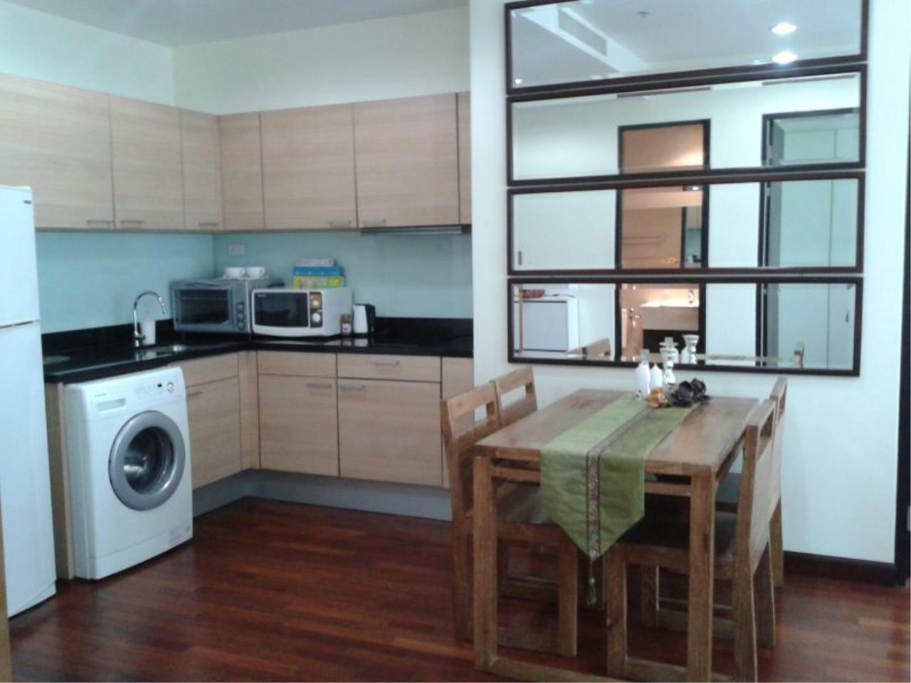Piri Property Agency's Comfort 2 Bedrooms in The Address Chidlom Condo for rent 5