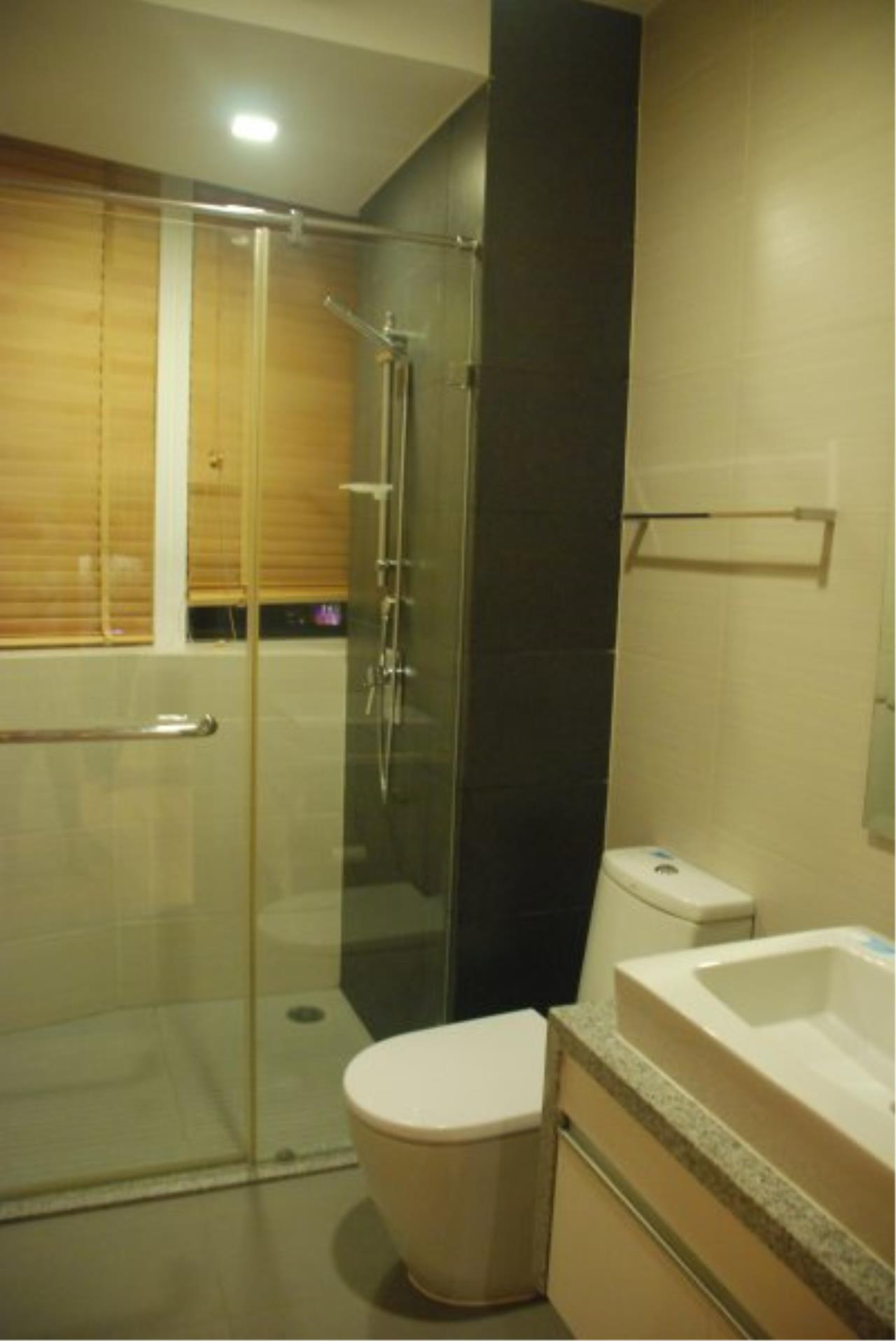 Piri Property Agency's Spacious 2 Bedrooms in the Millennium Residence for rent on high floor 12