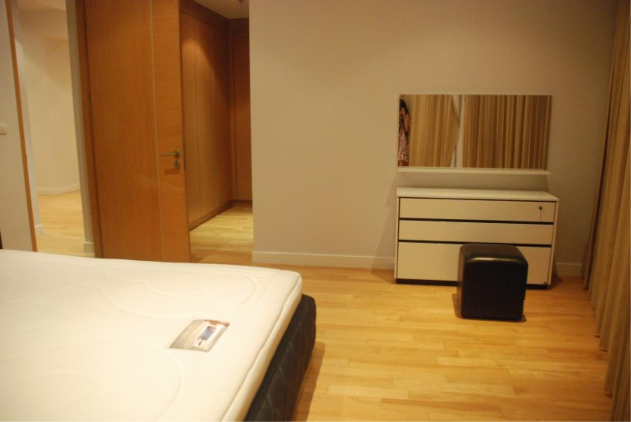 Piri Property Agency's Spacious 2 Bedrooms in the Millennium Residence for rent on high floor 6