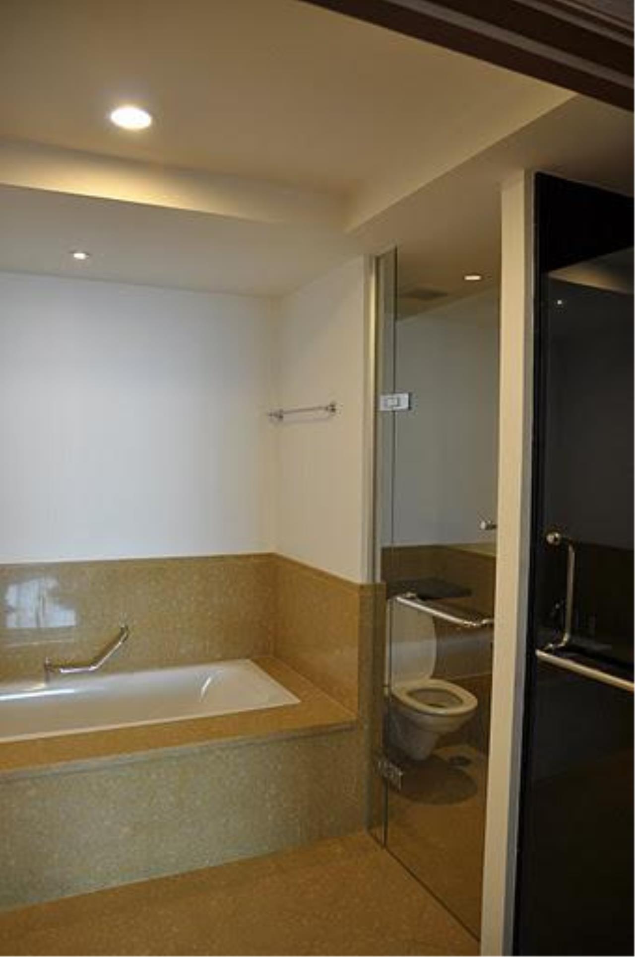 Piri Property Agency's 2 bedrooms Condo For Rent Ascott Sathorn 5