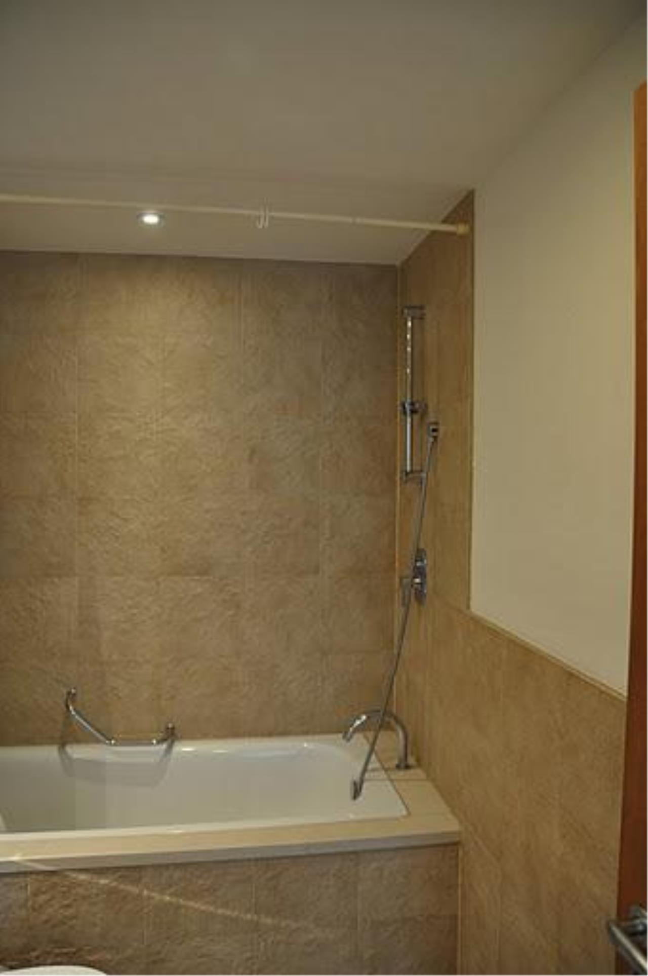 Piri Property Agency's 2 bedrooms Condo For Rent Ascott Sathorn 21