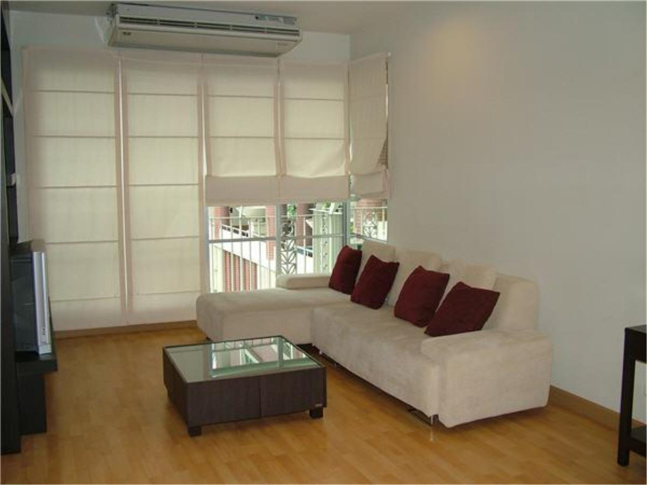 Piri Property Agency's 3 bedrooms Condo For Rent AP Citismart 1