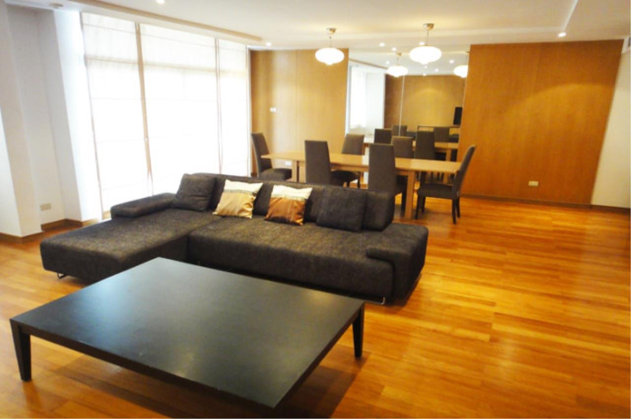 Piri Property Agency's 3 bedrooms Condo For Rent All Season Mansion 2