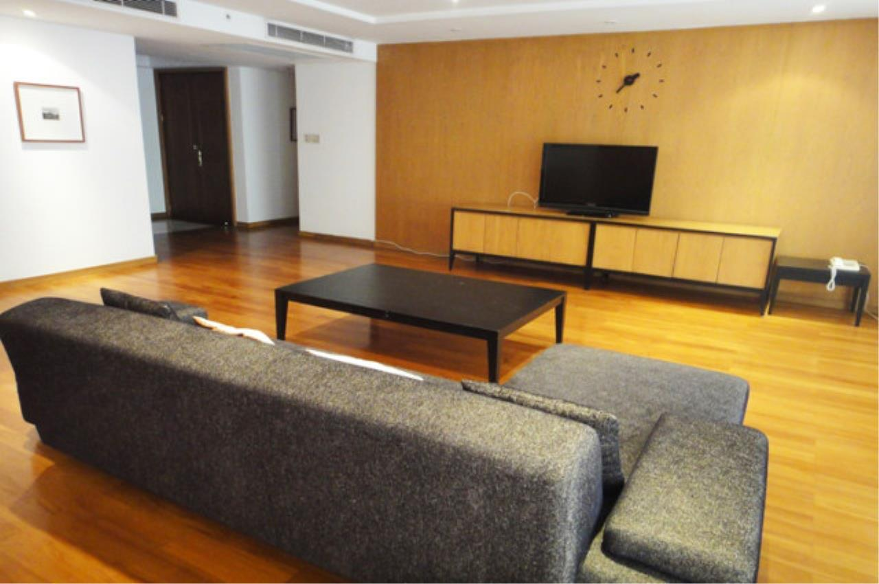 Piri Property Agency's 3 bedrooms Condo For Rent All Season Mansion 3